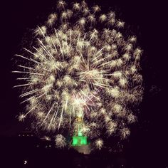Fireworks over Baylor's Pat Neff Hall, Traditions Rally 2015 #SicEm
