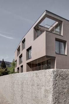 Residence Pfarrmessner Sterzing / Pedevilla Architects
