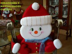 cubre-sillas Christmas Humor, Christmas Holidays, Christmas Crafts, Merry Christmas, Xmas, Christmas Ornaments, Christmas Chair Covers, Sock Dolls, Snowman Crafts