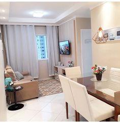Todo mundo sonha com um espaço tão legal assim né? Uma inspiração incrível!  Via 📷 @apartamento.72 🏡❤ . . . . . . . #inspiração #meular…