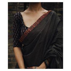 Five Best Saree Blouse Designs – Fashion Asia Sari Blouse Designs, Saree Blouse Patterns, Black Blouse Designs, Simple Blouse Designs, Simple Sarees, Trendy Sarees, Saree Styles, Blouse Styles, Indian Dresses