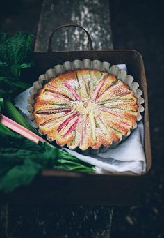 Easy Rhubarb Cake Recipe