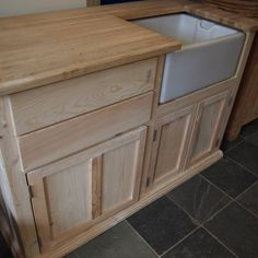 Pine right hand sink unit