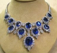 Rate this from 1 to Sapphire Jewelry What You Should Look For When Purchasing Jewelry Sapphire and Diamond Ring in White Gold Saphir Blau Royal Jewelry, Gems Jewelry, Jewelery, Vintage Jewelry, Fine Jewelry, Jewelry Necklaces, Jewellery Sale, Boho Jewellery, Sapphire Jewelry