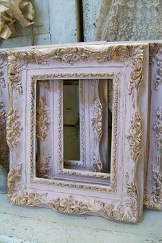 Shabby chic pink frames soft muted colors gold accent lightweight resin good size wall decor Anita Spero (Only one left) Recycled/ reworked Distressed Picture Frames, Vintage Photo Frames, Antique Picture Frames, Antique Frames, Marcos Shabby Chic, Rosa Shabby Chic, Cottage Shabby Chic, Muted Colors, Painting Frames