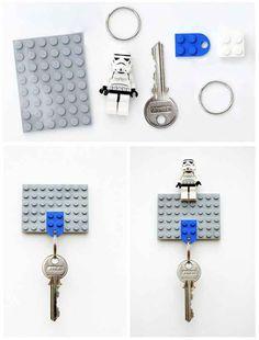 Y nunca pierdas tus llaves otra vez con este ingenioso sostenedor de llaves.