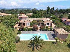 Lecci:+Villa+de+180m2+sur+terrain+de+2200m2+++Location de vacances à partir de Lecci @homeaway! #vacation #rental #travel #homeaway