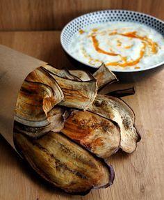 Chips de berenjenas light con tzatziki