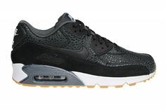 Exclusieve Nike Wmns Air Max 90 Premium met black safari. Bij ons verkrijgbaar in grote damesmaten, waardoor ook heren deze kunnen hebben.