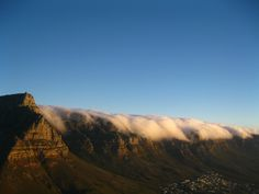 Table Mountain www.hisouthafrica.com Table Mountain Cape Town, Cape Town South Africa, Backpack, Mountains, Nature, Travel, Naturaleza, Viajes, Destinations