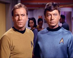 Photo of Kirk and Doctor for fans of James T. Star Trek Crew, Star Trek Tos, Star Trek Characters, Star Trek Movies, James T Kirk, Spock And Kirk, Hogans Heroes, Star Trek 1966, Star Trek Images