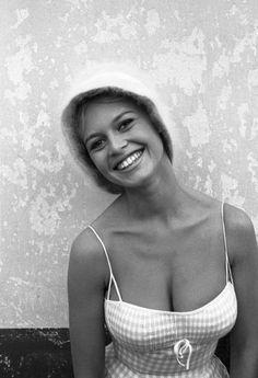 La sonrisa de Brigitte Bardot.