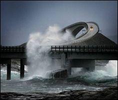 Atlanterhavsveien bij stormweer