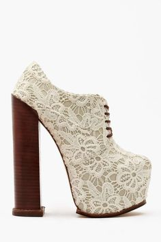 DV8 by Dolce Vita Alliance Platform Bootie