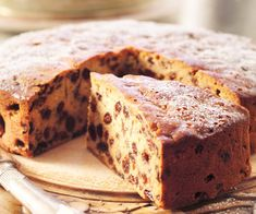 Boiled sultana cake, sultana recipe, brought to you by Woman's Day Sultana Recipe, Sultana Cake, Baking Recipes, Cake Recipes, Baked Macaroni Cheese, Caramelised Apples, Drizzle Cake, Salty Cake, Cake Cover