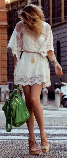 tenue d'été robe blanche broder