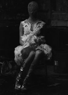 """Primal"" Anouk de Heerin Alexander McQueen by serge leblon for dazed & confused february 2012."