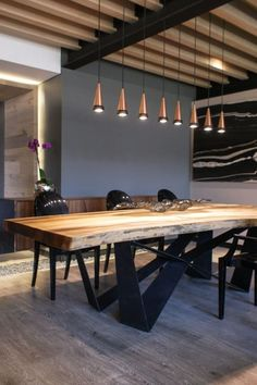 Platino comedores modernos de sulkin askenazi moderno in 2020 Dining Table With Storage, Dining Room Table Decor, Wooden Dining Tables, Dining Table Design, Living Room Decor, Wood Slab Table, Living Rooms, Kitchen Room Design, Modern Kitchen Design