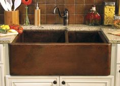 hammered copper farm sink for kitchen!