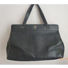 Tip: Chanel Handbag (Black)