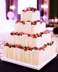 Зимние свадебные торты: ягодный вкус любви!   Свадебный торт - У Нас Свадьба