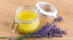 Lavendelsalbe beruhigt den Körper und Geist An aromatic ointment can be conjured up in no time from the lavender Diy Beauty, Beauty Hacks, Homemade Syrup, Diy Body Scrub, Homemade Cosmetics, Garden Soil, Natural Cosmetics, Organic Fertilizer, Natural Healing