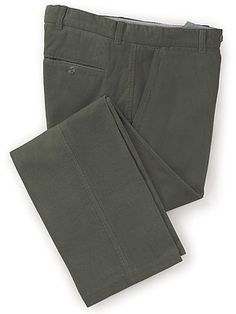 "Perfect for smart or casual country style, these popular 11-wale, 100 per cent cotton regular fit corduroy trousers are luxuriously comfortable. Wear with a check shirt or cashmeremix jumper to create a great casual look this season. Featuring quarter pockets, two buttoned back pockets, belt loops and a zip fly with button and clip fastening. Machine washable at 30°.   Leg: 27"" 29"" 31"" 33"" Waist: 30"" - 46""  BVT91GY"
