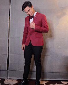 Thank you po sa pagstyle.) for my suit naman po. Thank you para naman po sa make up :) Group Dance, Filipino, Dancer, Abs, Actors, Artist, Model, Suit, Fashion