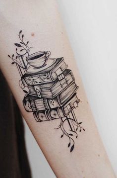 Charming book tattoo designs ideas for bookworms 42 Trendy Tattoos, New Tattoos, Body Art Tattoos, Sleeve Tattoos, Tattoos For Women, Tatoos, Arrow Tattoos, Bookish Tattoos, Literary Tattoos