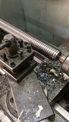 Fabricando un eje roscado con rosca trapezoidal