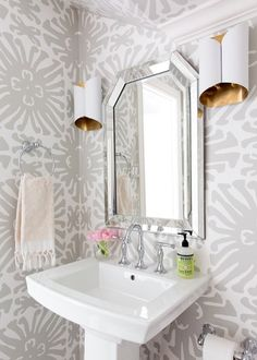 Quadrille China Seas Sigourney Large Scale Gray on White Wallpaper (Jennifer Barron Interiors) Powder Room Storage, Powder Room Paint, Tiny Powder Rooms, Modern Powder Rooms, Powder Room Wallpaper, Powder Room Decor, Powder Room Design, Of Wallpaper, Wallpaper Ideas
