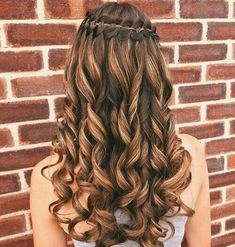 Quince Hairstyles, Cute Prom Hairstyles, Box Braids Hairstyles, Wedding Hairstyles, Gorgeous Hairstyles, Hairstyle Ideas, Updo Hairstyle, Celebrity Hairstyles, Prom Hairstyles For Long Hair Curly