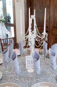Pearls and candles made simple and beautiful centerpieces {Adriana + Raymond's Romantic Vintage Wedding}