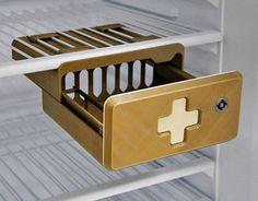 Vedi il mio progetto @Behance: \u201c3D Printed - Secure Medical Fridge Case 2014\u201d https://www.behance.net/gallery/30985767/3D-Printed-Secure-Medical-Fridge-Case-2014