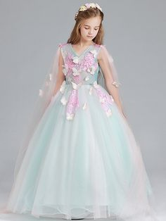 Princess Dresses For Kids, Gowns For Girls, Dresses Kids Girl, Flower Girl Dresses, Kids Long Dress, Toddler Dress, Baby Dress, Luxury Kids Clothes, White Frock