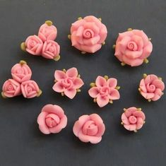 Polymer Clay DIY Flowers for Earring by naturaler Polymer Clay Kunst, Fimo Clay, Polymer Clay Projects, Polymer Clay Charms, Polymer Clay Creations, Polymer Clay Jewelry, Clay Crafts, Clay Earrings, Diy Fimo