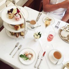 @emshelx snapped this super shot when she dropped by for Lady Betty Afternoon Tea. Thanks for coming Em!
