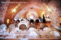 Makea - Hääblogi: Häät Suomenlinnassa Helsinki, Finland Food, Restaurant, My Dream, City, Wedding Venues, Dreams, Places, Design