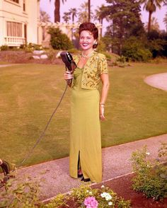Betty White so gorgeous! Look how young she is.