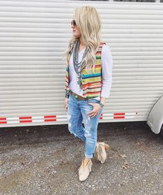 Western Chic Fashion | Serape | Tasha Polizzi | Western Fashionista