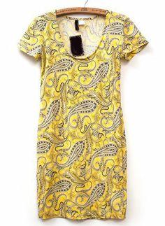 Vestido anacardos manga corta-amarillo US$17.05