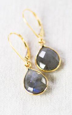 Keha earrings gold labradorite teardrop