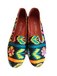 Teysha Leather and Textile Smoking Slippers - Loafers hndcrafted in Guatemala, featuring handmade textiles $120 www.teysha.is