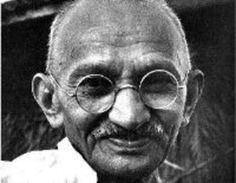 The Texas MBA+ Leadership program provides a unique opportunity to cultivate my unique leadership style, while learning how to navigate the needs of today's complex and international business environment. Gandhi Life, Gandhi Quotes, Mahatma Gandhi, Leadership Programs, Great Videos, I Icon, Carpe Diem, Black People, Funny Pictures