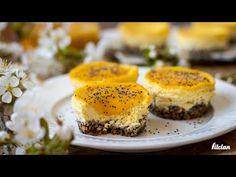 Vďaka citrónovej šťave sú osviežujúce a kyslasté, vďaka tvarohu v nich nájdeš aj bielkoviny a celé to dotvára orieškovo-makový korpus. Skús naše mini cheesecakes. Mini Cheesecakes, Sushi, Muffins, Breakfast, Fit, Ethnic Recipes, Desserts, Tailgate Desserts, Muffin