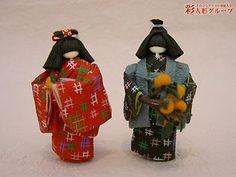 里の秋 彩人形-手のひらサイズの和紙人形- Washi, Paper Dolls, Art Dolls, Diy And Crafts, Arts And Crafts, Ichimatsu, Japanese Paper, Japan Art, Making Out