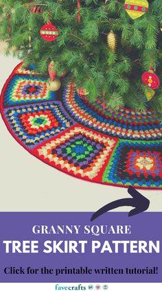 Granny Square Tree Skirt Pattern Christmas Tree Skirts Patterns, Crochet Christmas Trees, Christmas Crochet Patterns, Christmas Decor, Heart Granny Square, Granny Squares, Crochet Tree Skirt, Crochet Santa Hat, Skirt Pattern Free