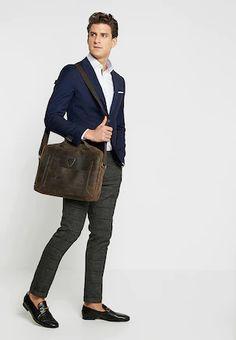 Hnědá, Béžová Pánské tašky pro agilní způsob života   ZALANDO Style, Fashion, Swag, Moda, Fashion Styles, Fashion Illustrations, Outfits