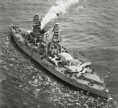 Navy Military, Military Photos, E Boat, Uss Arizona Memorial, Us Battleships, Capital Ship, Naval History, Military History, Us Navy Ships