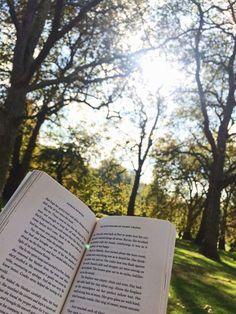 """Bäume London Beliebt Bilder is part of Books - [ad ""Bäume London Book Aesthetic, Aesthetic Pictures, Good Books, Books To Read, Coffee And Books, Instagram Story Ideas, Book Photography, Book Nerd, Love Book"